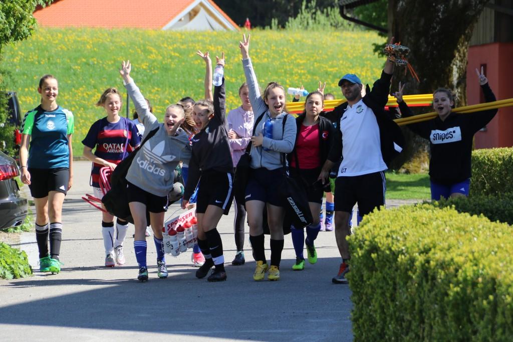 Girls Soccer Camp – Tag 1